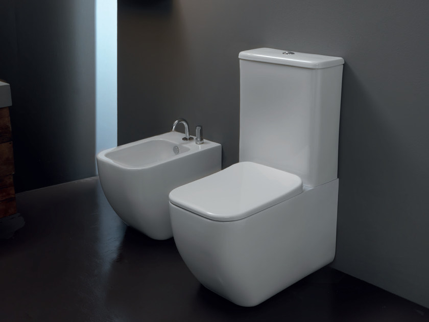 Close coupled ceramic toilet BRIO | Close coupled toilet by GSG Ceramic Design