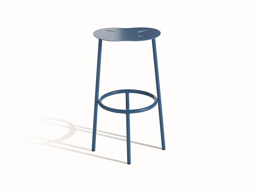 High steel stool CLOUD 400 by Capdell