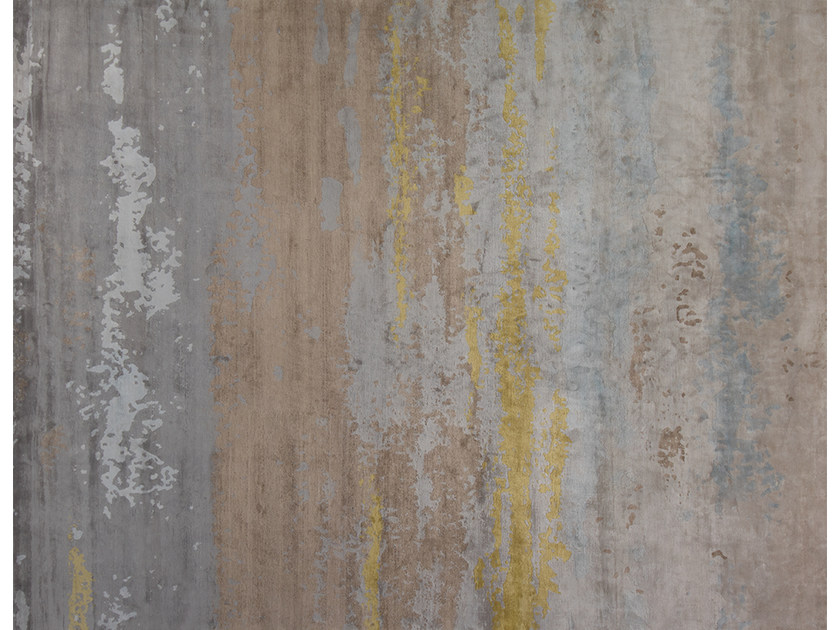 Handmade rug CLOUD DUSK by EDITION BOUGAINVILLE