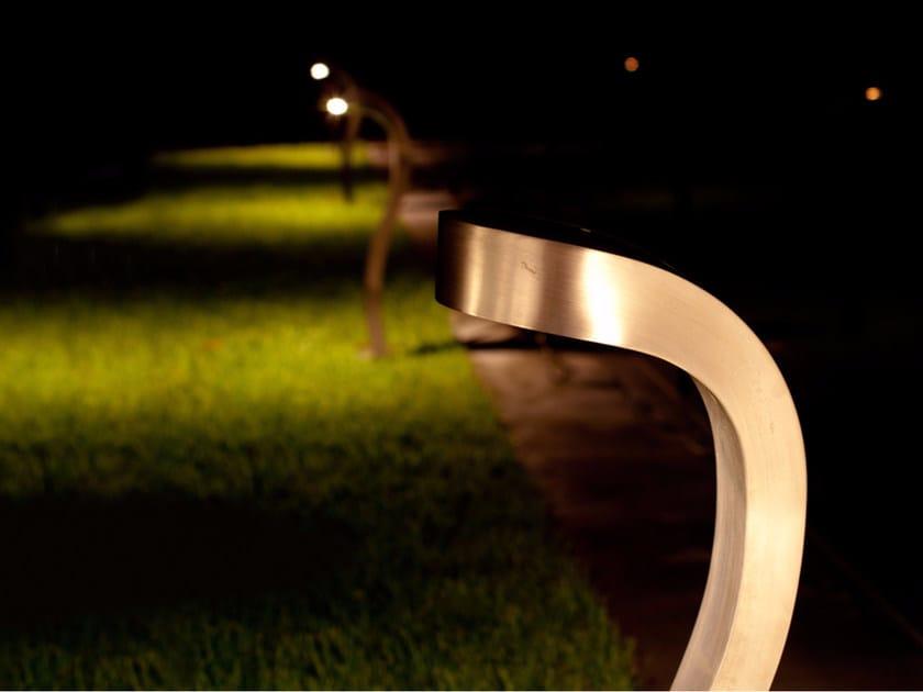 Paletto luminoso in acciaio inox COBRA by ROYAL BOTANIA