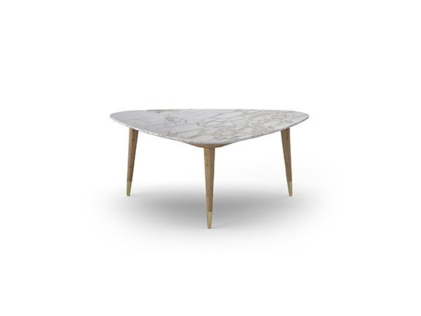 Low triangular coffee table COCÒ 067 | Coffee table by Callesella Arredamenti