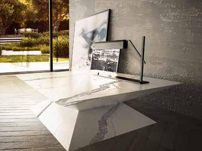 Square porcelain stoneware coffee table METROPOLITAN | Coffee table by Boffetto