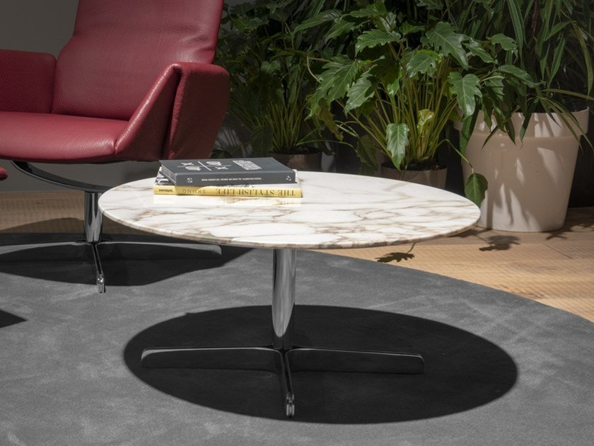 Round marble coffee table with 4-star base DS-343 | Coffee table by de Sede