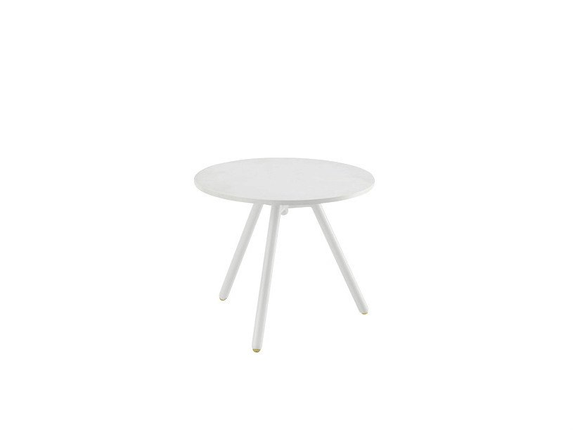 Round bistro side table BLOG | Coffee table by Sesta