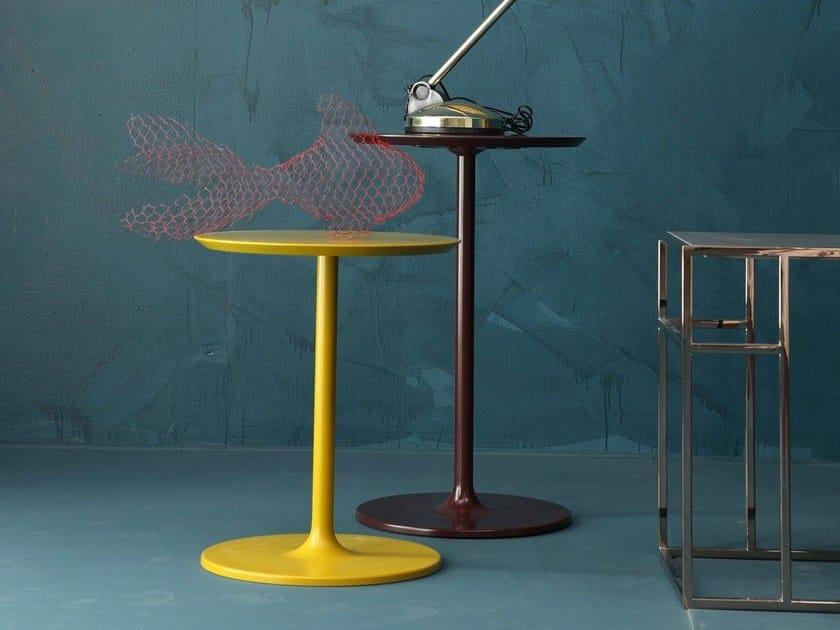 Coffee table / bedside table SIMPLIT by Twils
