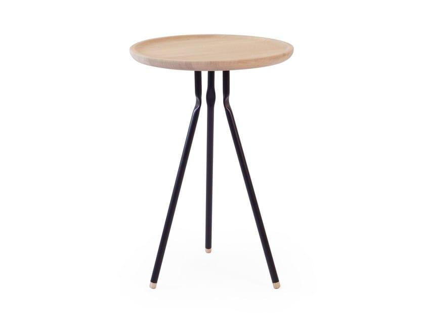 Round oak coffee table BEND SIDE TABLE | Oak coffee table by UBIKUBI