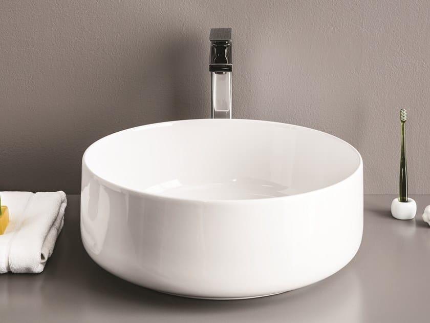 Countertop round ceramic washbasin COGNAC | Round washbasin by Artceram