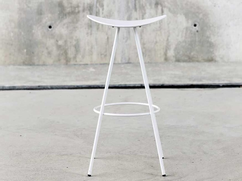 High trestle-based metal stool with footrest COMA 4L | High stool by ENEA