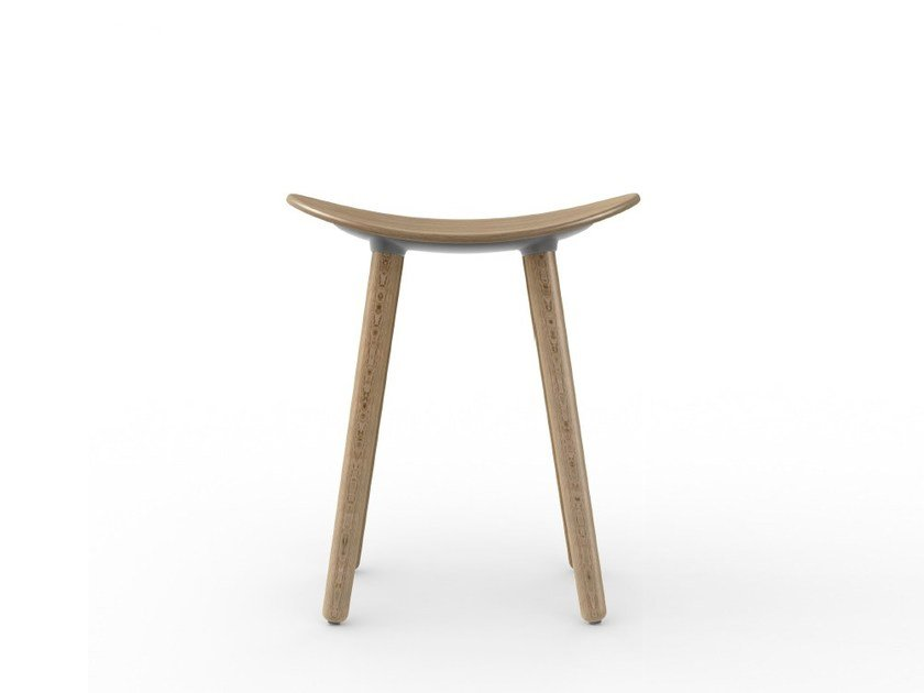 Low wooden stool COMA WOOD | Low stool by ENEA