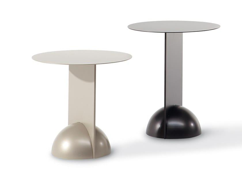 Tavolino rotondo in metallo verniciato COMBINATION by Bonaldo