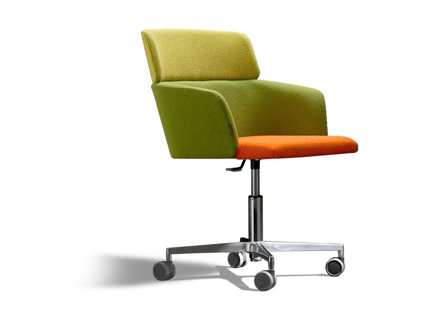 Swivel task chair with armrests CONCORD 523URA4 by Capdell