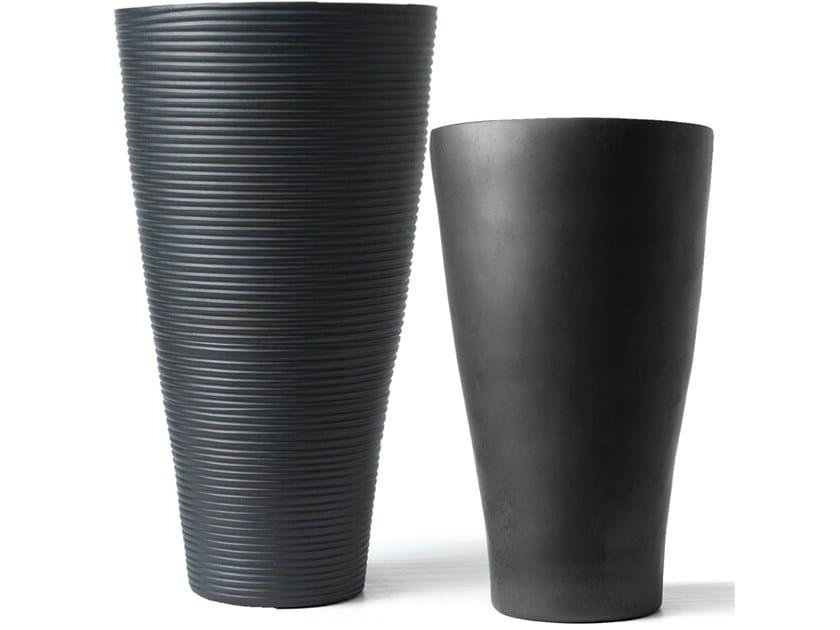 Ceramic vase CONO by Adriani e Rossi edizioni