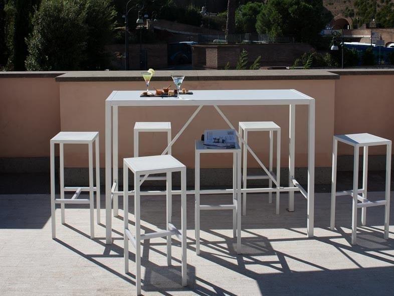Rectangular high table CONRAD | Garden table by Unopiù