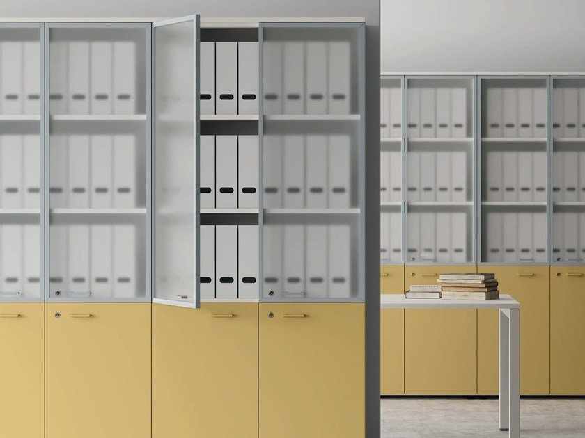 Tall wood and glass office storage unit with hinged doors CONTENITORI UNIVERSALI EVO | Wood and glass office storage unit by Las Mobili