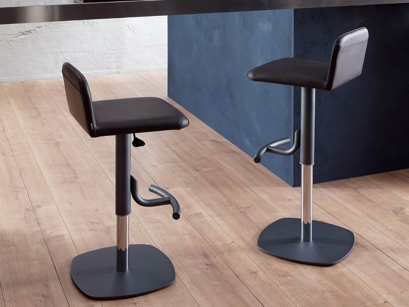 Upholstered leather stool with gas lift COOPER by Ozzio Italia