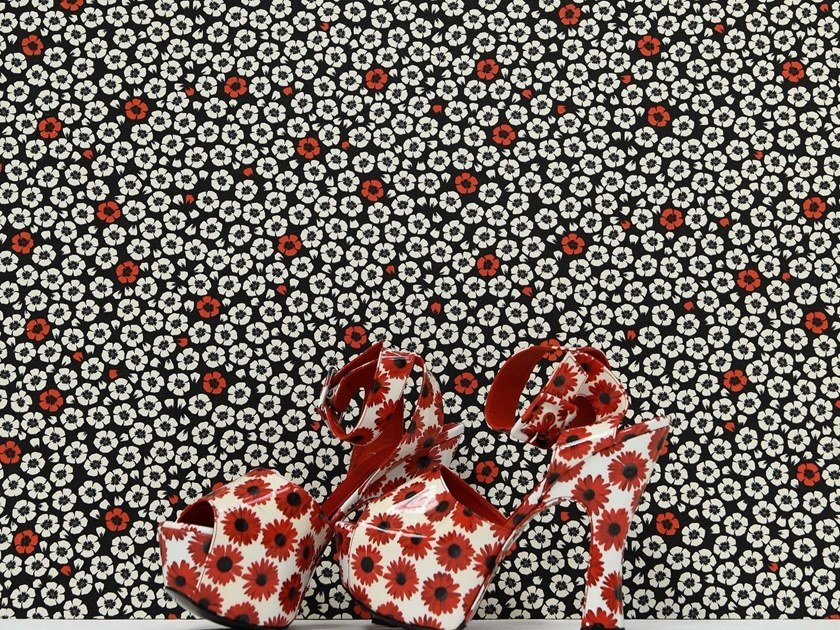 Woven vinyl wallpaper with floral pattern COQUELICOT by LELIEVRE