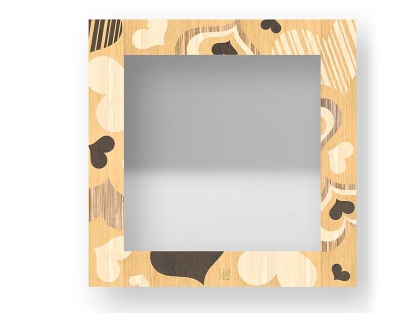 Specchio quadrato a parete con cornice CORAZÒN WARM   Specchio by LIGNIS®