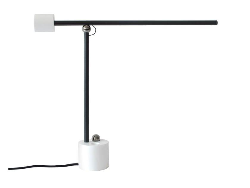 Lampada da tavolo a LED in Corian® N LAMP | Lampada da tavolo by UBIKUBI