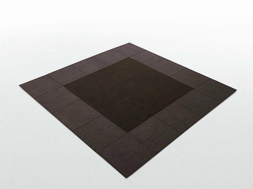 Square felt rug CORNICE 50 by paola lenti