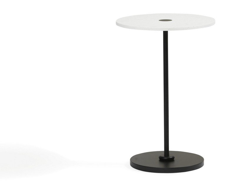 Round powder coated steel coffee table COURONNE | Steel coffee table by Blå Station