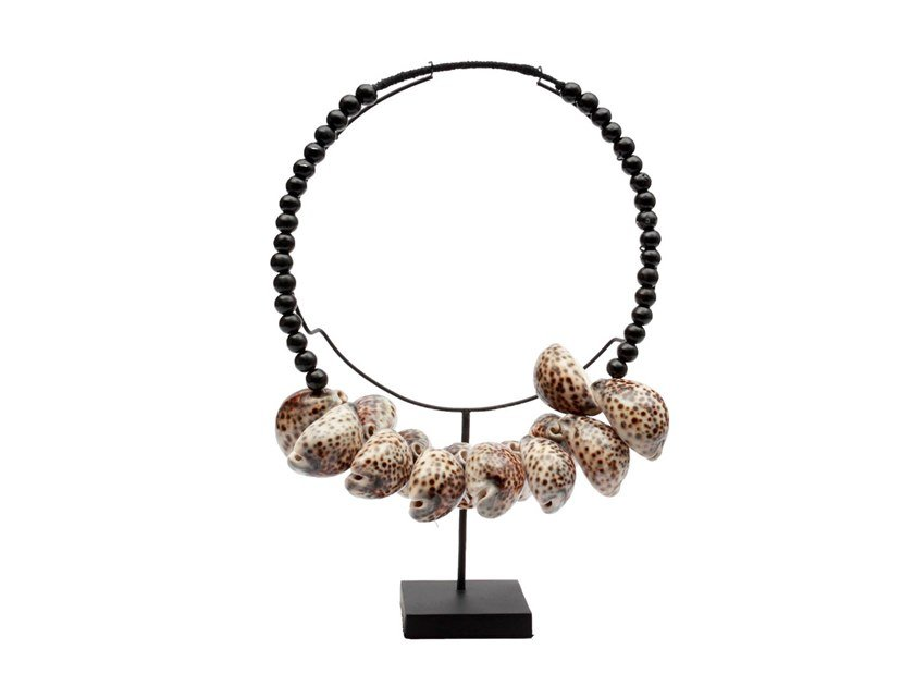 Metal decorative object COWRIE NECKLACE by Bazar Bizar