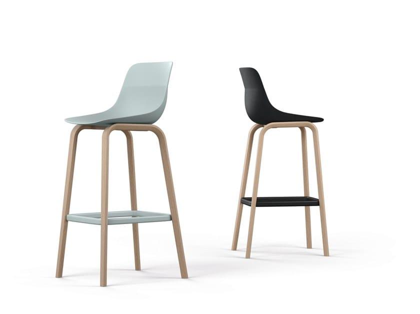 High barstool with back CRONA LIGHT | High stool by Brunner