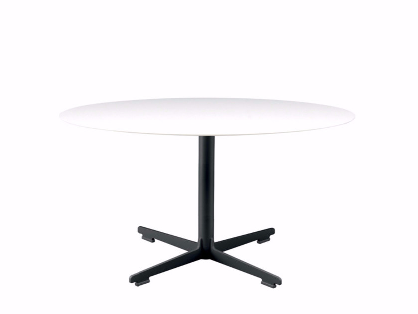Round coffee table with 4-star base CROSS TABLE - 573 | Coffee table by Alias