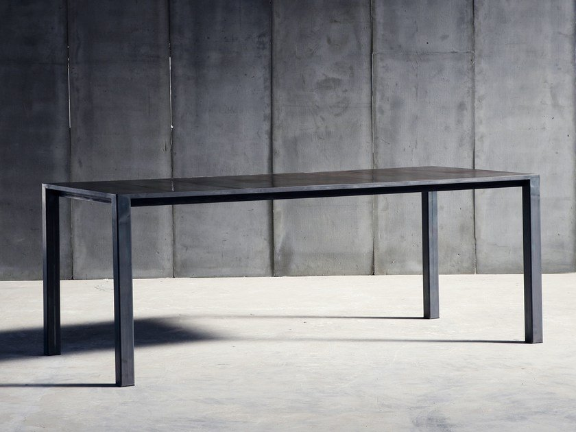 Custom leather table CTR MTM | Leather table by Heerenhuis