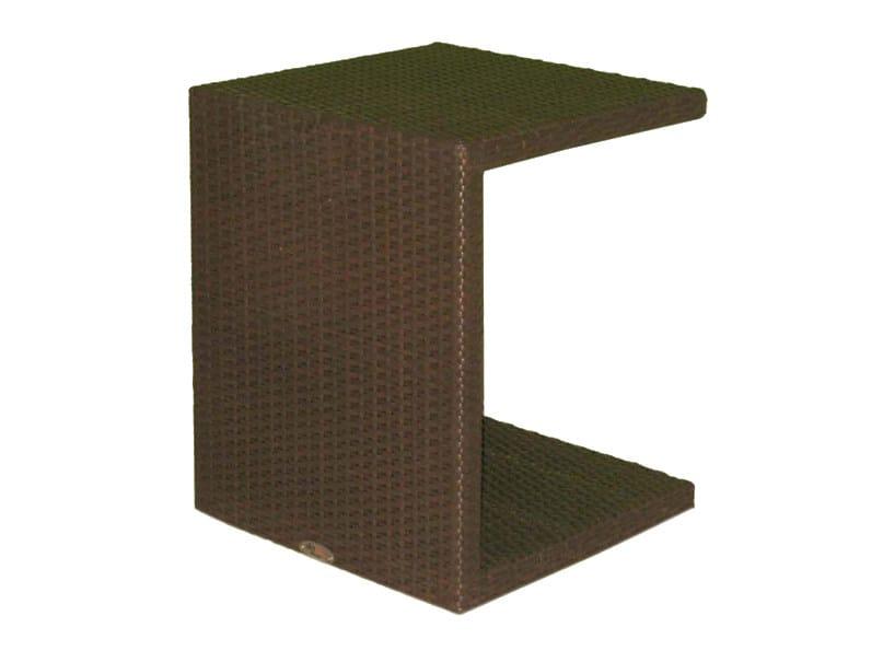 Aux. table CUATRO 2935 by SKYLINE design