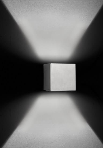 Direct-indirect light die cast aluminium wall lamp CUBE F.8237 by Francesconi & C.