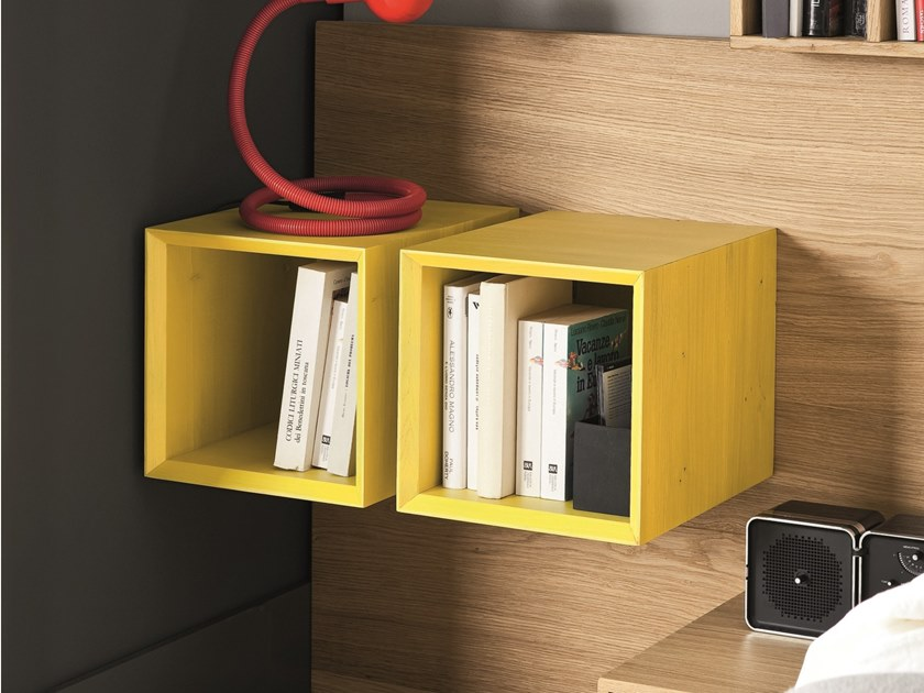 Open solid wood wall cabinet CUBOTTO NOOK by AltaCorte