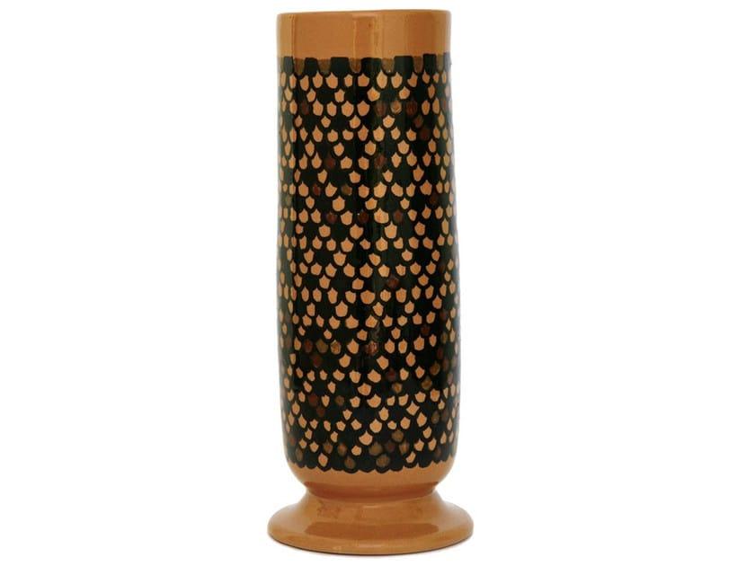 Ceramic vase CURVE V by Kiasmo
