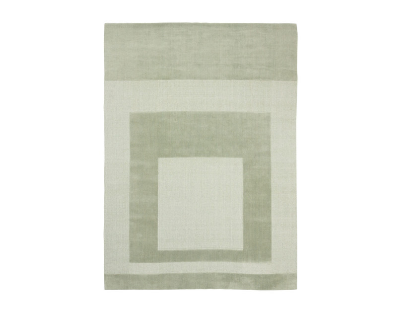 Handmade custom rug CUT OUT MONOCROMO 2.0 SALVIA by cc-tapis
