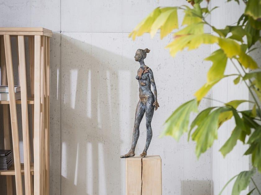Bronze sculpture DAFNE by Gardeco