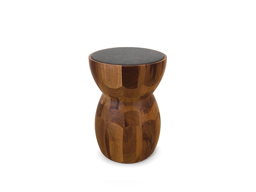 Sgabello / tavolino in legno massello DAMA by Oliver B.