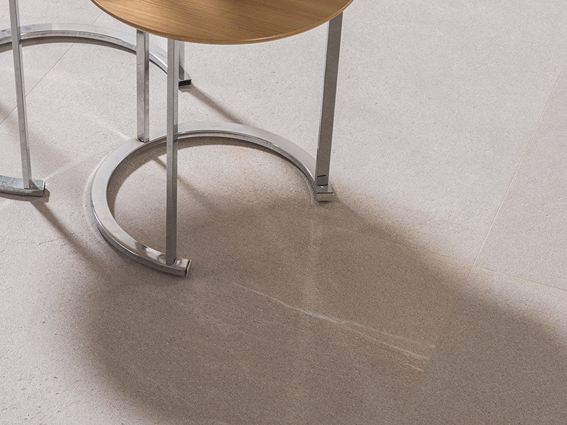 Wall/floor tiles with stone effect DAYTON SAND by Venis