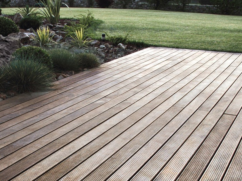 Adaxite decking LISTOTECH WALNUT by LISTOTECH DECKING QUARTZ