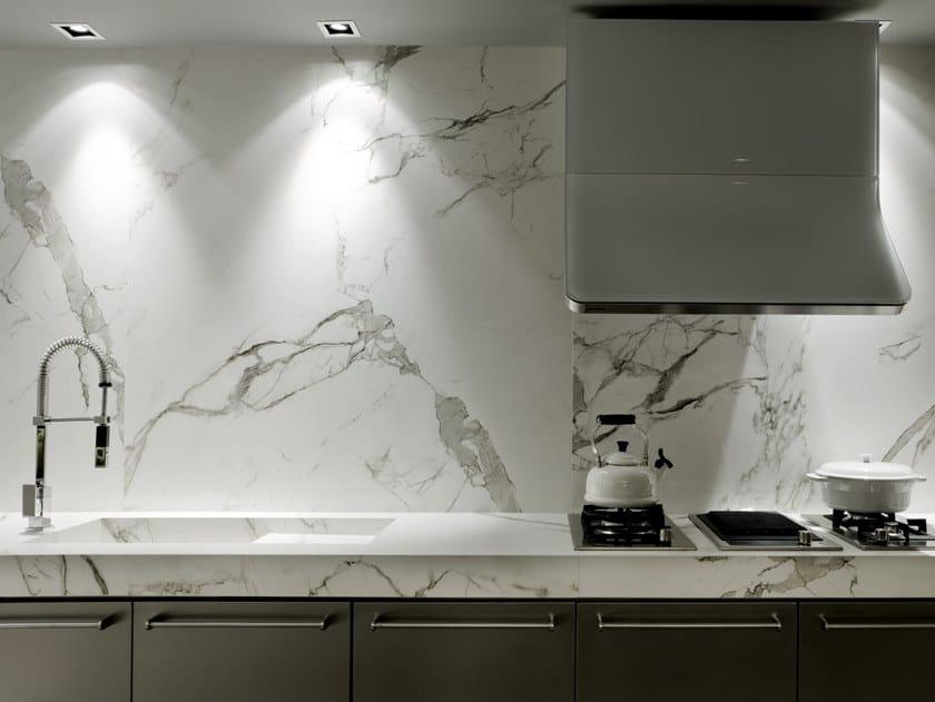 Dekton® wall tiles with marble effect DEKTON® AURA15 by Cosentino