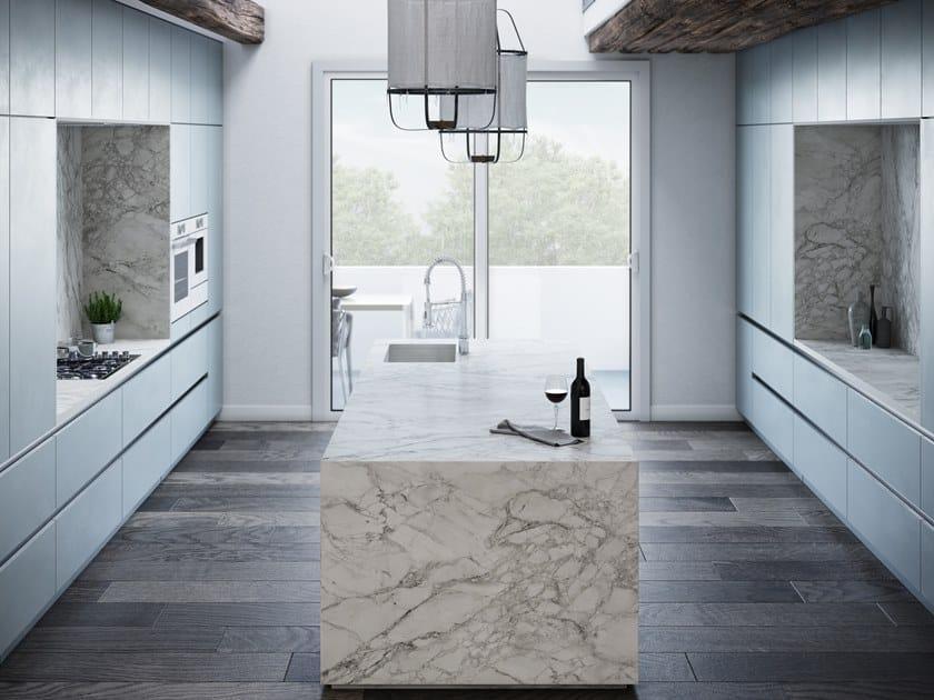 Dekton® wall tiles with marble effect DEKTON® PORTUM by Cosentino