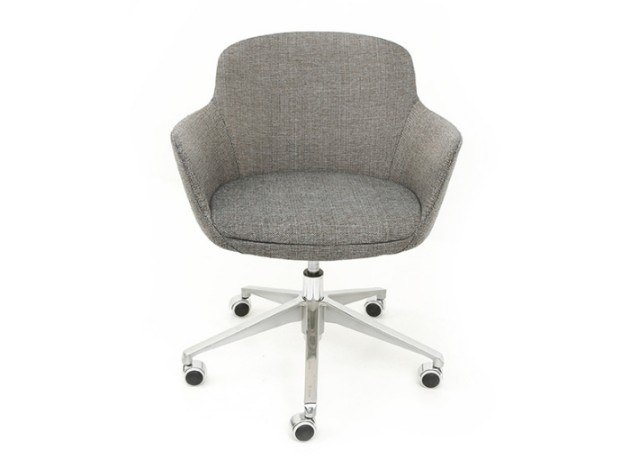Task chair with 5-Spoke base with armrests DENISE | Task chair by Conceito Casa