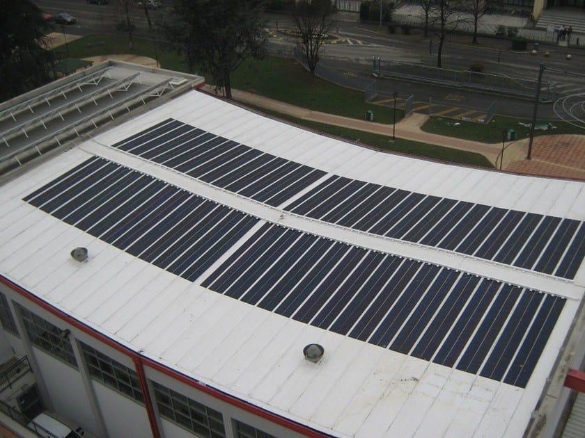 DERBIBRITE NT® Manto bianco con pannelli fotovoltaici a-Si