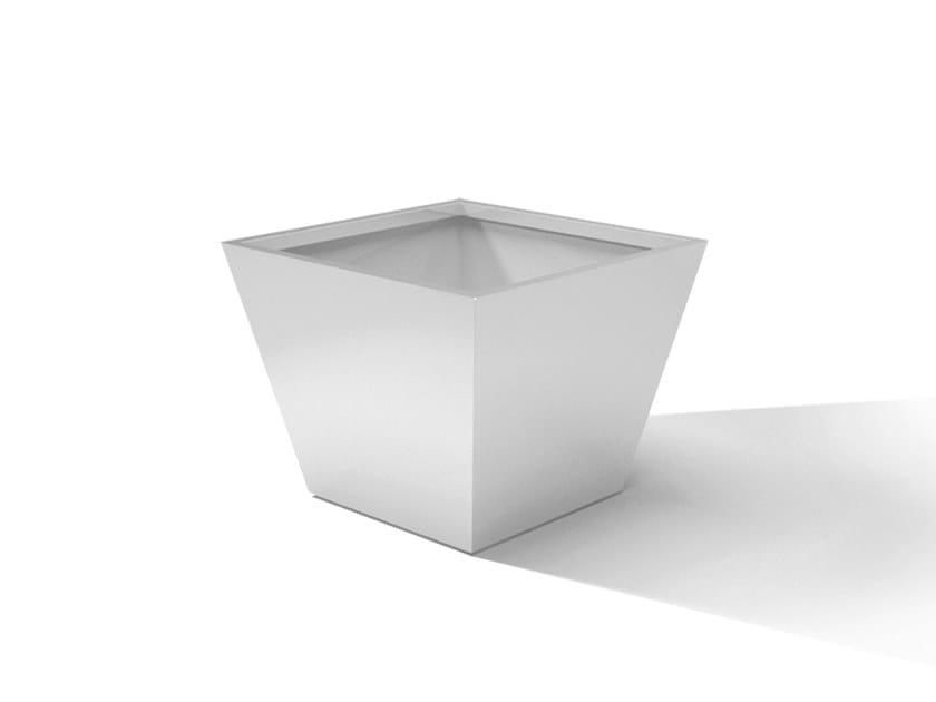 Metal planter DESIGN ARCO by Laubo