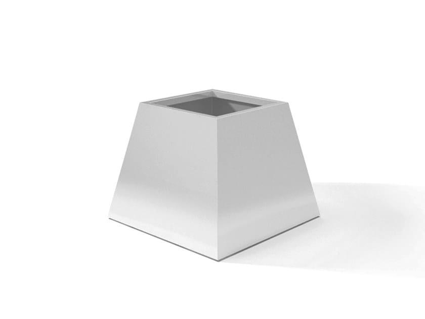 Metal planter DESIGN VERSO by Laubo