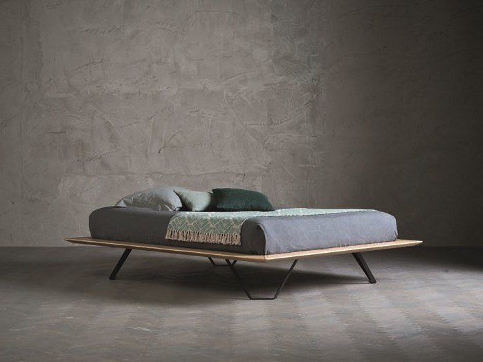 Solid wood double bed DIAMANTE POLIEDRO by AltaCorte