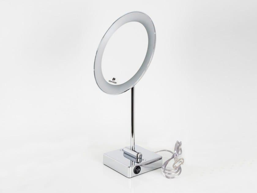 Specchio ingranditore rotondo con illuminazione integrata da