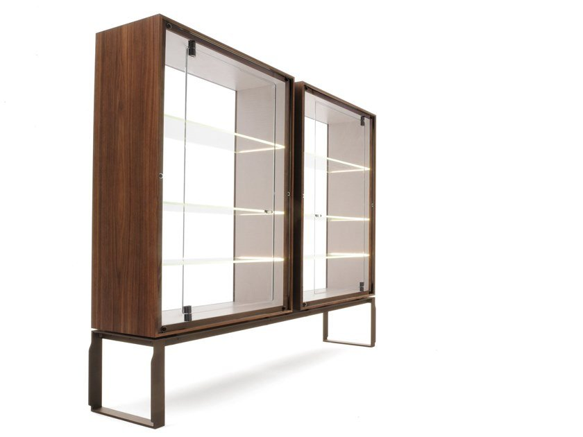 Wood and glass display cabinet AEI | Display cabinet by GIORGETTI