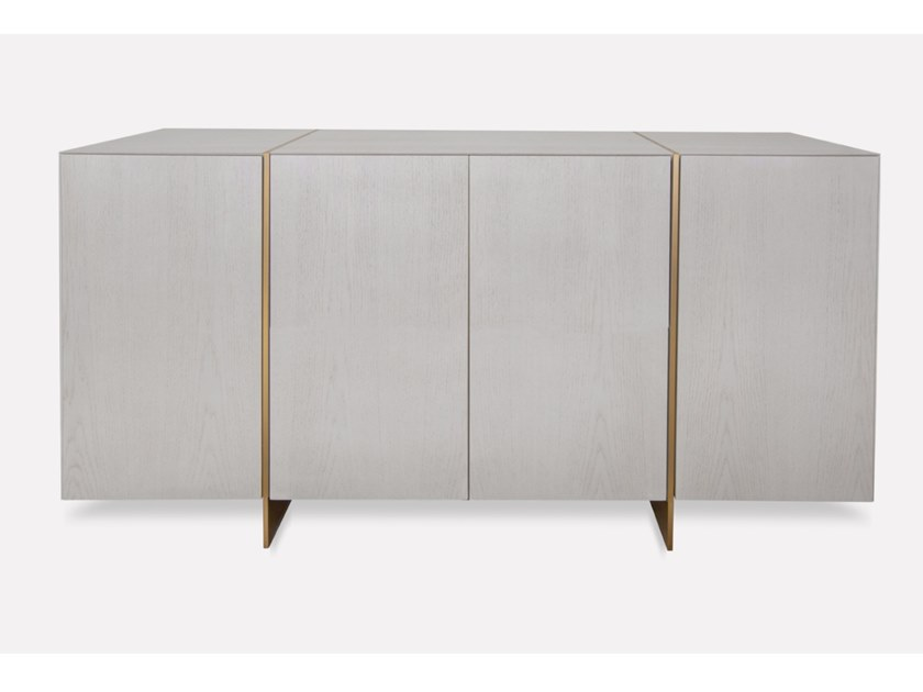 Oak sideboard with doors DIVO | Sideboard by MORADA