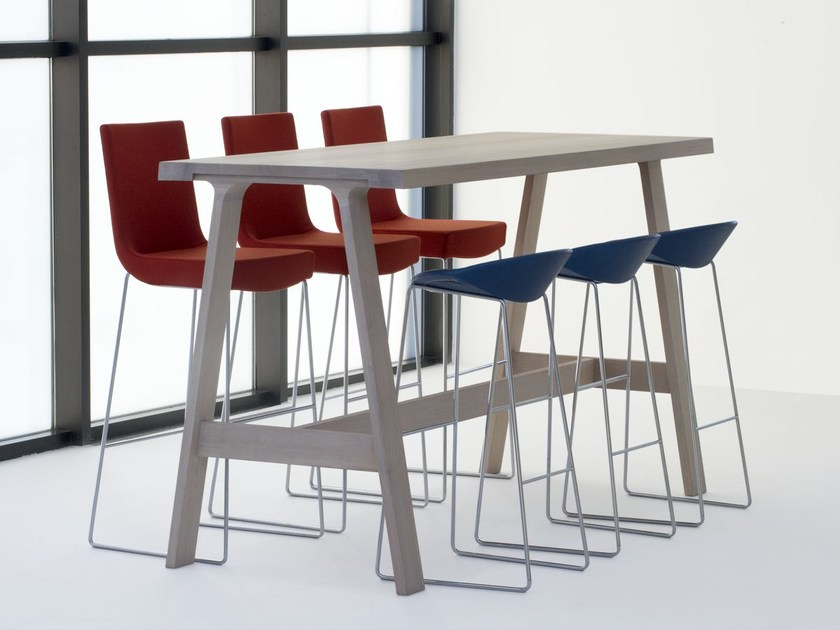 Rectangular solid wood high table DOBLE BAR by Montis