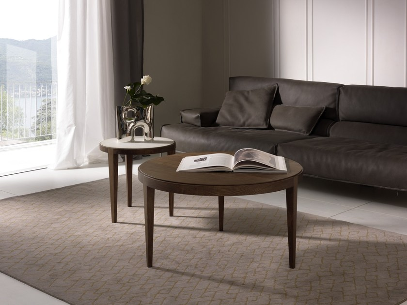Low round coffee table DOMINIQUE | Wood veneer coffee table by Pacini & Cappellini