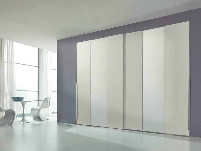 Lacquered wardrobe with sliding doors DOMINO by Fimar